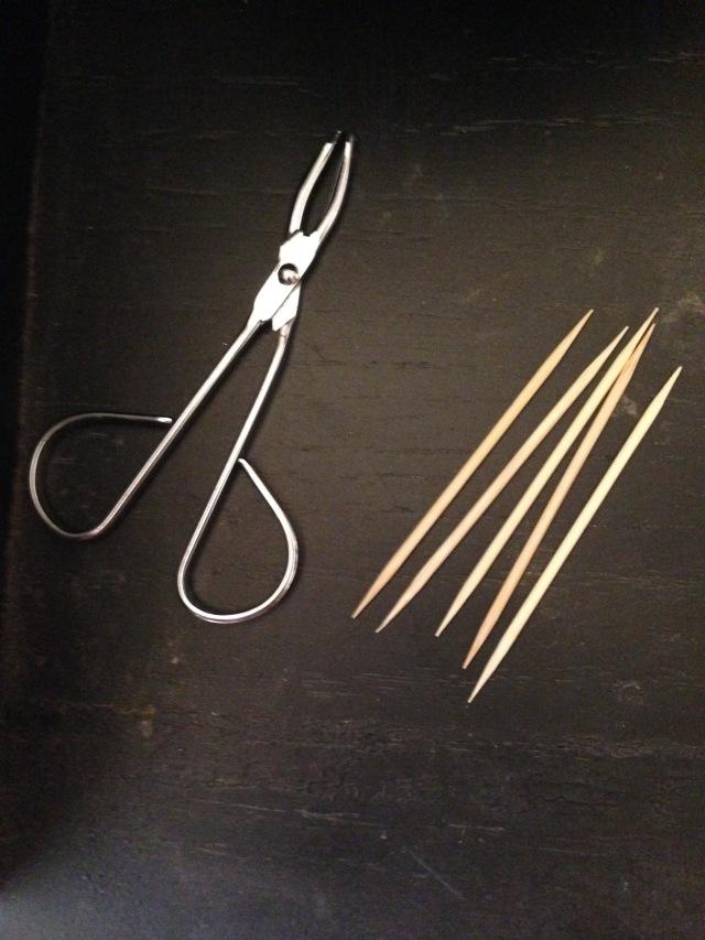 Tweezers and toothpics