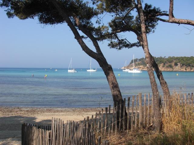 Estagnol Trees and beach