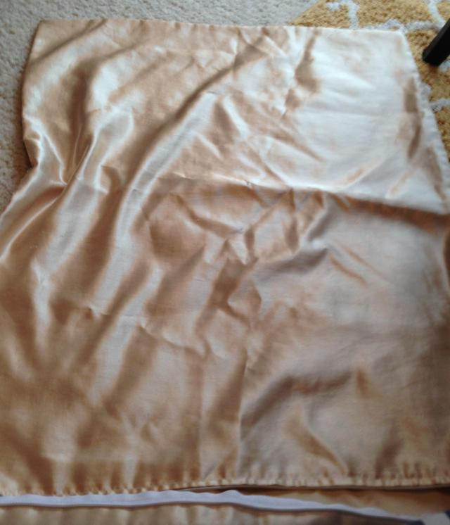 Satin pillow case nice and clean