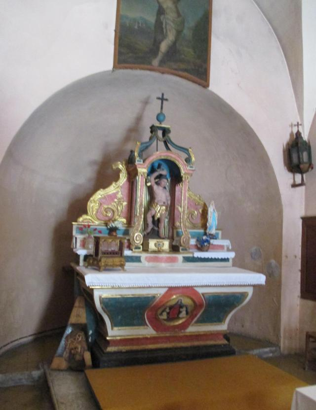 Cabris. Saint Rita Chapel. Better view of Altar