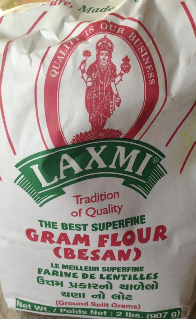 chickpea flour in bag