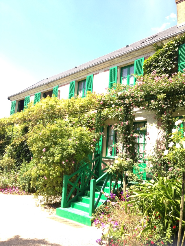 Giverny. Another view of the home from outside.