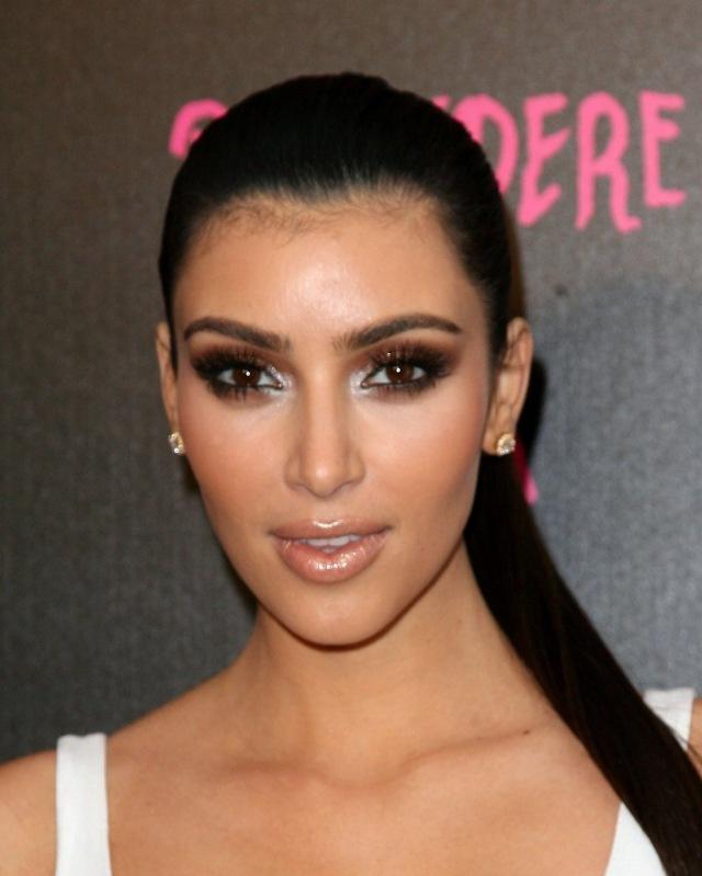 Kim_kardashian_makeup-6