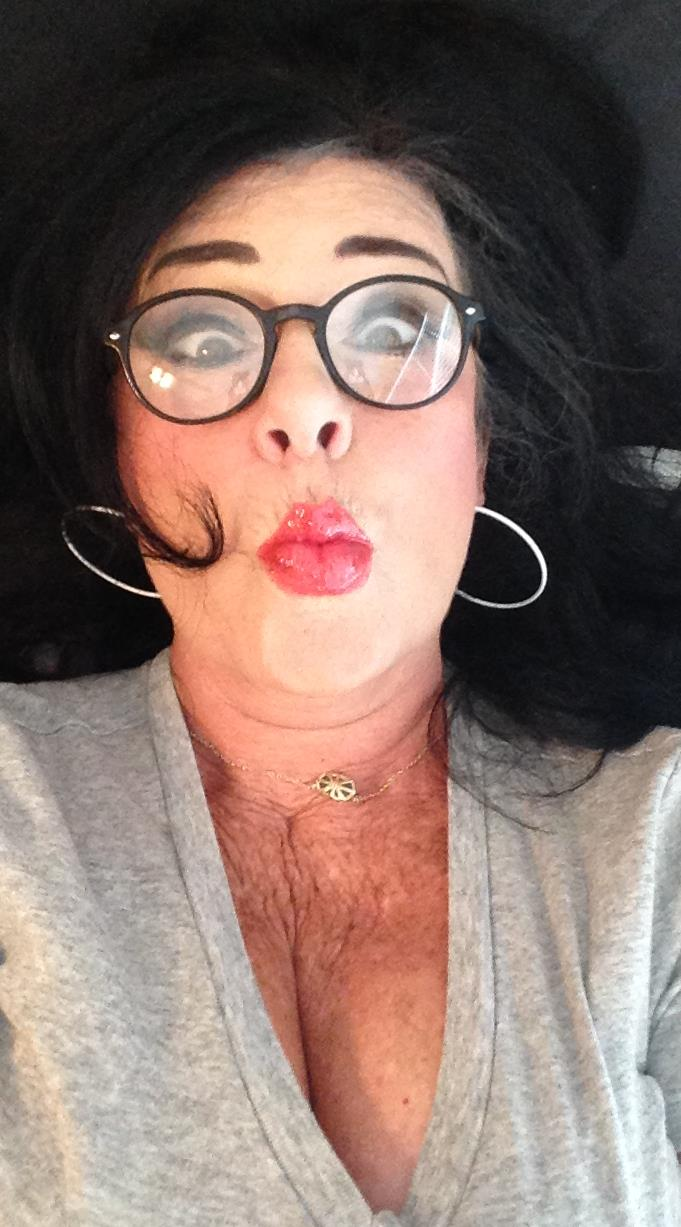 37394f5ec9669 My Kardashian selfie. My push up bra needs to be more pushed up! The mouth  looks filled though!