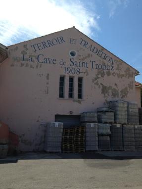 St. Tropez. Cave de St. Tropez.