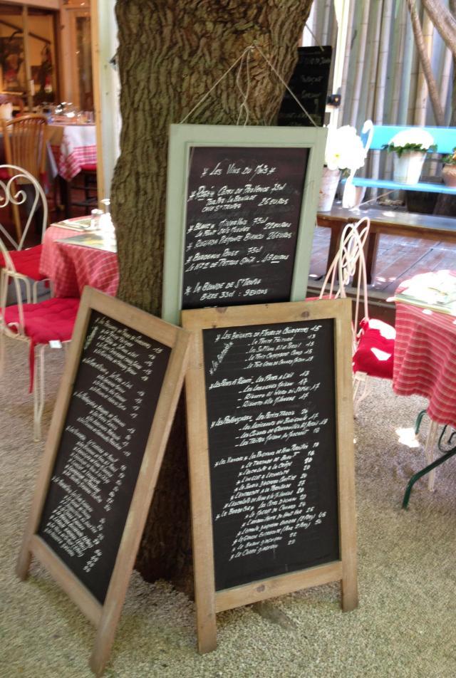 St. Tropez. Resto La Ramade. Outdoor Menus!