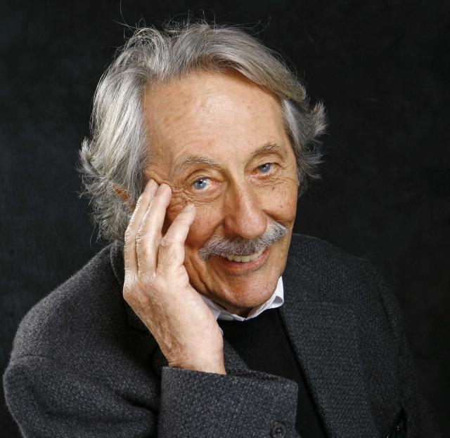 Jean Rochefort, acteur francais pendant l'enregistrement de l'emission Esprits Libres Paris,FRANCE- 02/11/06