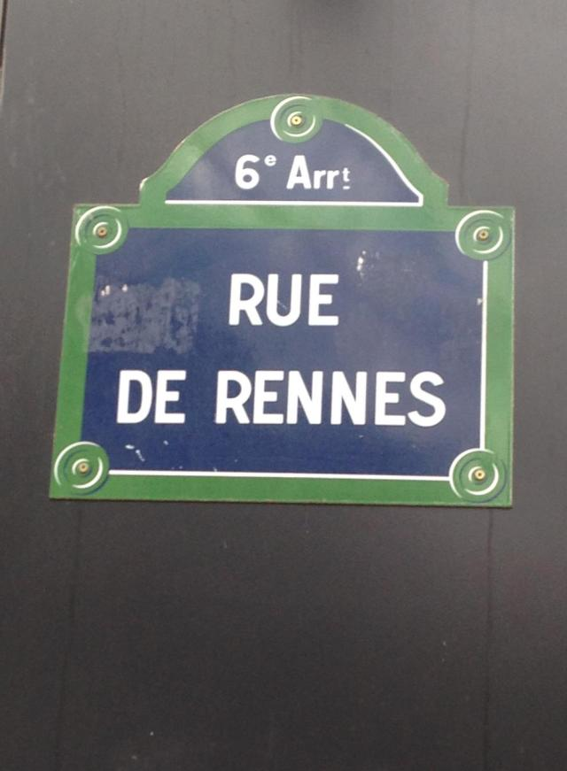 Paris. Rue du Rennes sign.