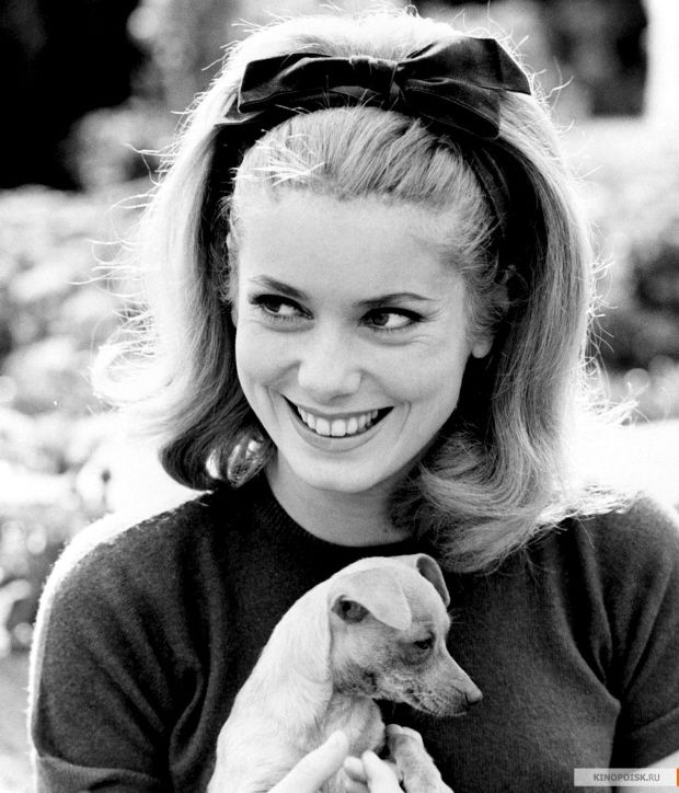 Catherine Deneuve headband hair