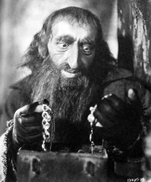 Alec Guiness as Fagin