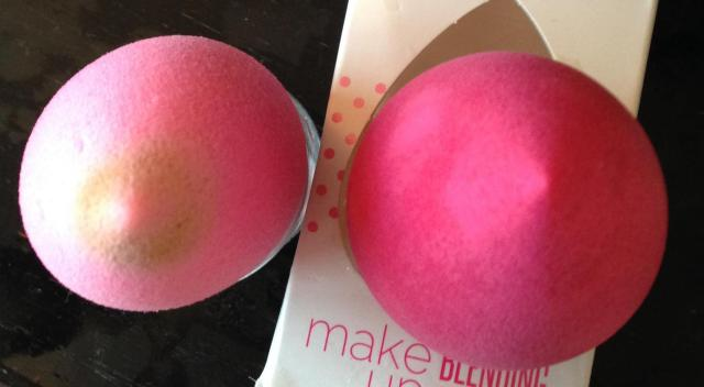 Beauty blender and beauty blending applicator. They look like little titties!