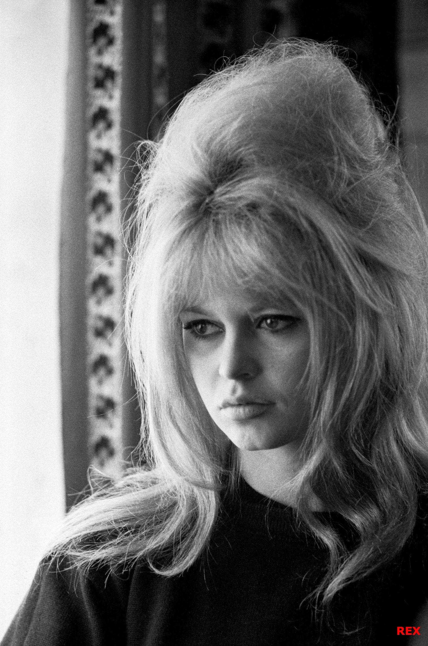 Brigitte Bardot Beehive Atypical 60