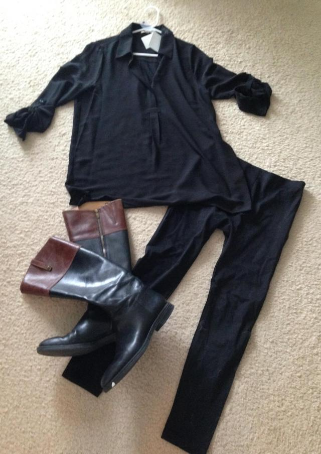 Primark leggings tunic shirt and boots for the plane