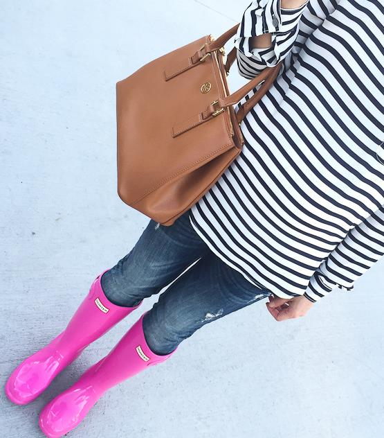 Big kids hot pink hunter boots, Hunter boots for petites, Hunter rain boots, Loft petite striped pocket blouse, Tory Burch mini Robinson bag in luggage