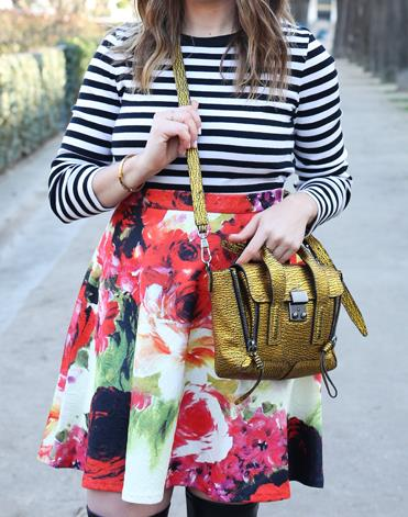 how-to-wear-stripes-with-florals