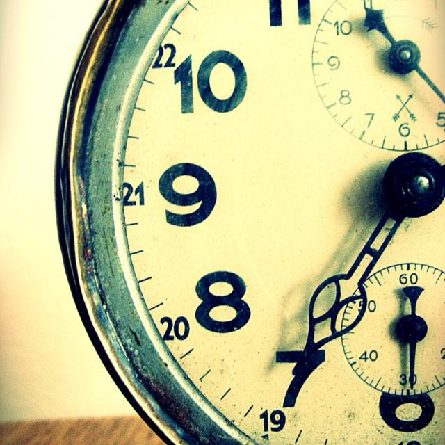 old_clock_2-7547