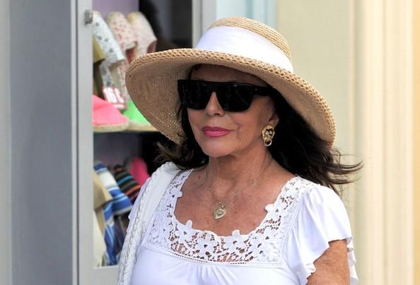 Joan+Collins+Joan+Collins+Shops+St+Tropez+0fBl9a13PYEl