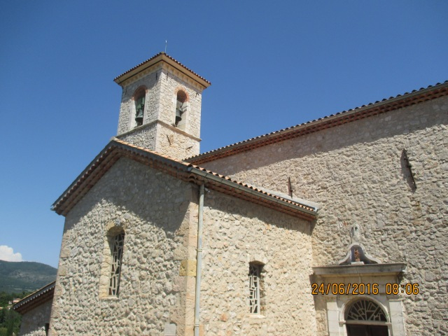 Cabris. Church