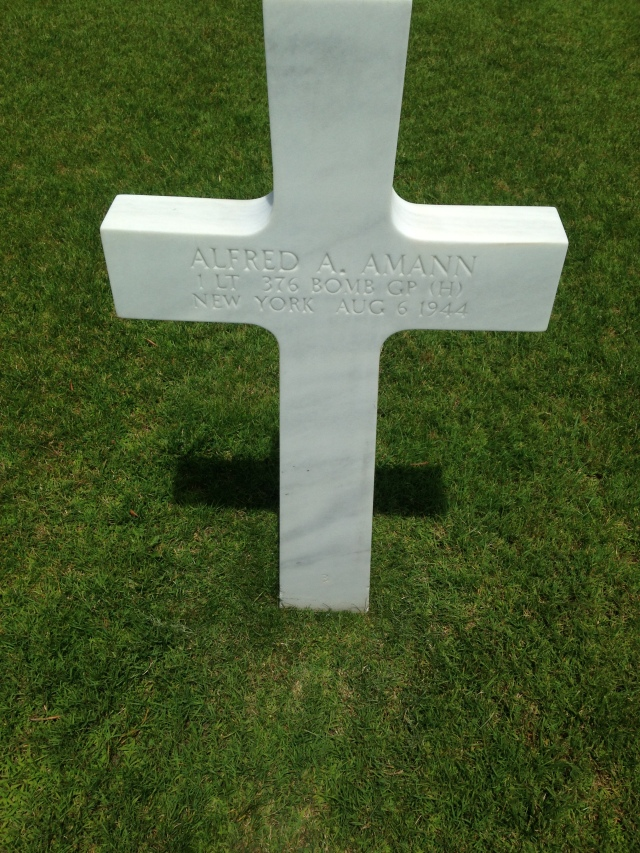 Draguignan. American Cemetary. Grave stone. Amann from New York.