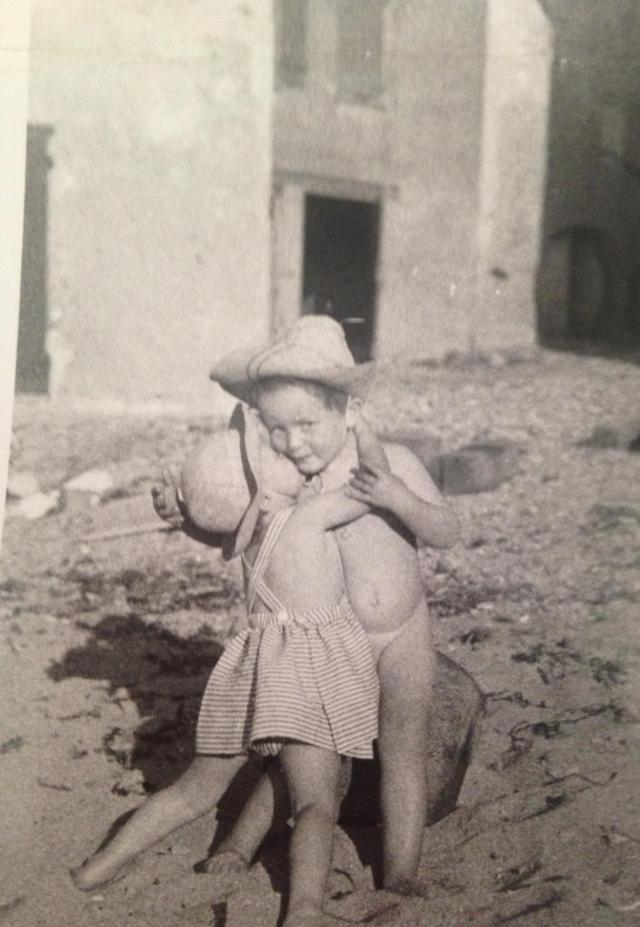 La Ponche. 1946. Bonaparte and Isabelle. Quite possibly the cutest pic ever