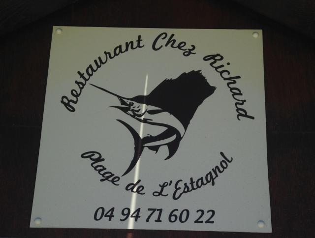 L'estagnol. Restaurant Chez Richard logo sign