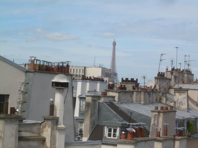 Paris. Daniele's apt. another view of the eiffel.