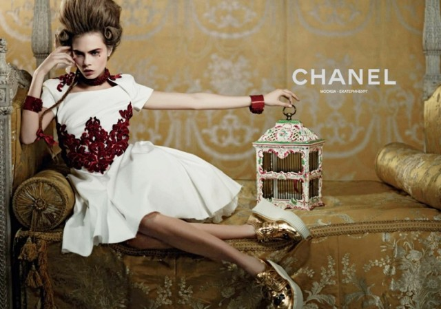 cara-delevingne-for-chanel-cruise-2013-ad-campaign-03-940x660