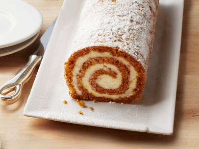 fnm_100115-pumpkin-roulade-with-ginger-buttercream-recipe_s4x3-jpg-rend-sni12col-landscape