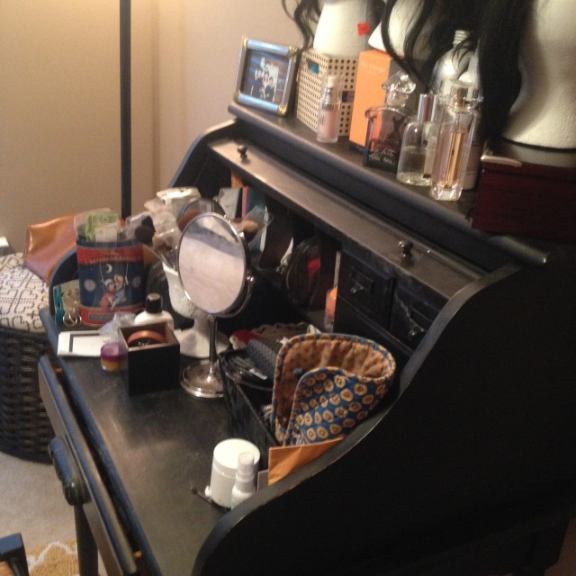 makeup-desk-the-best-it-will-be-for-now