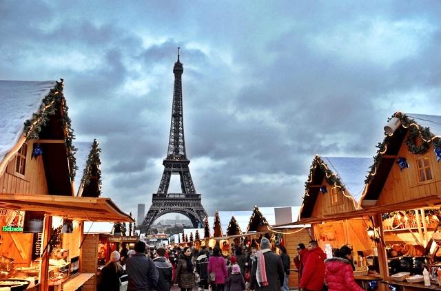 champs-elysees-christmas-market-paris-city-guide-mydesignweek