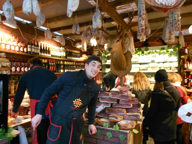 christmas-marche-fun-at-the-fois-gras-stand