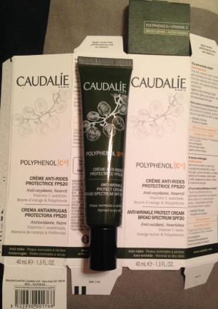 city-pharma-caudalie-box-with-product