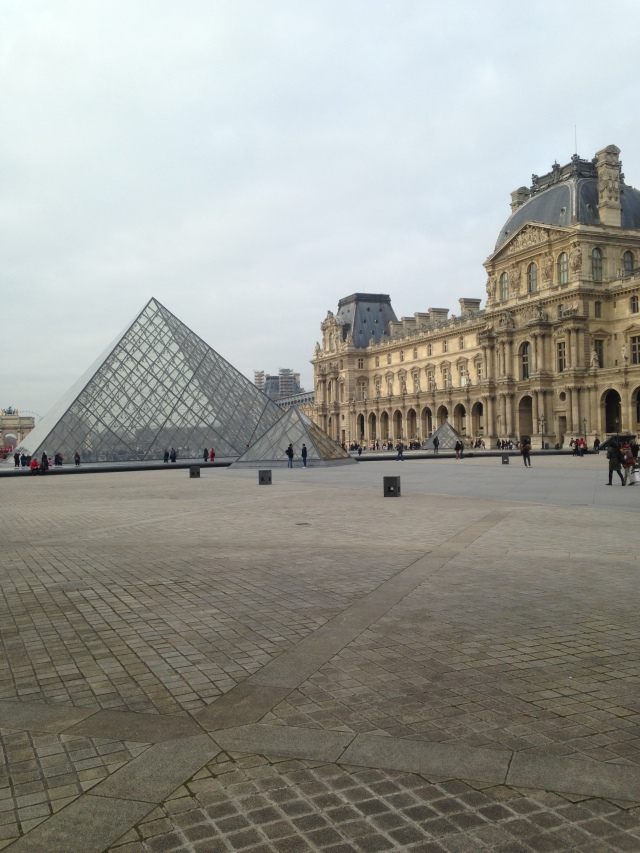 outside-the-louvre