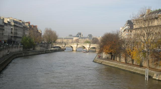 sunday-morning-seine